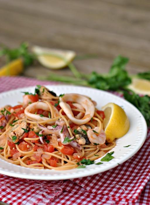 20-Minute Seafood Pasta #Recipe