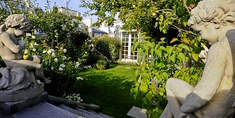 Dial ctica el jard n secreto en un tejado de par s for Jardin querubines