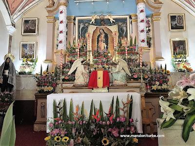 Altar dela Capilla de la Virgen de Guadalupe en Tzintzuntzan