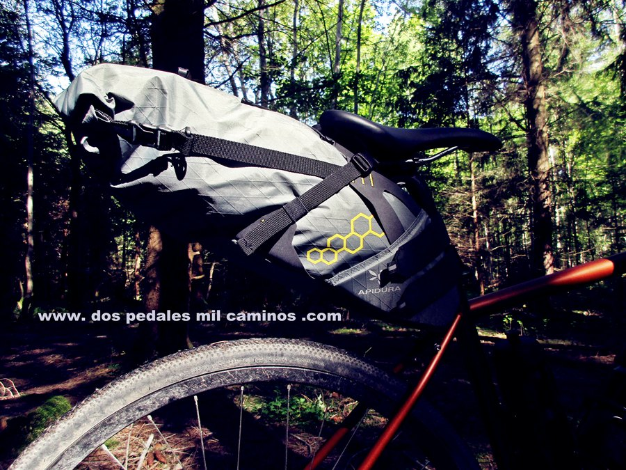 WWW. DOS PEDALES MIL CAMINOS .COM: Racktime Top it & Bikepacking