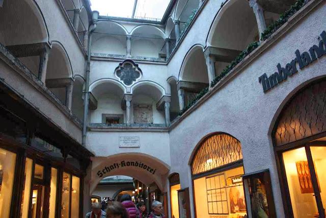 Weihnachten in Salzburg  TravelWorldOnline Traveller