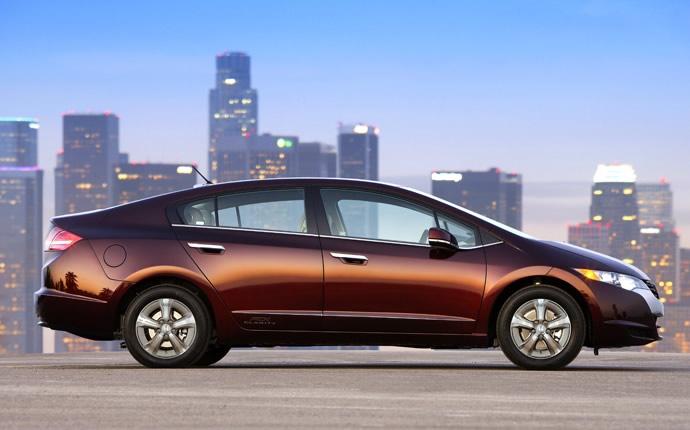 Đánh giá xe Honda Clarity 2017