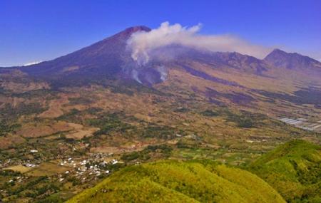 Pesona Keindahan bukit pergasingan di lombok timur