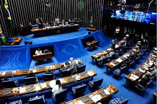 Fim do foro privilegiado é aprovado em primeiro turno por unanimidade
