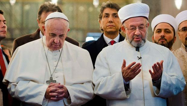 Paus Fransiskus Sebut Islam Tak Terkait Terosrisme