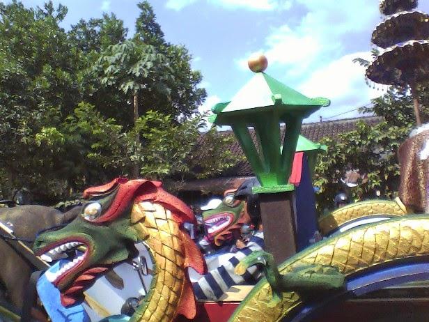 Foto Kereta SDN Saringembat I Karnaval Singgahan Tuban