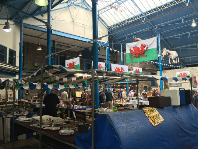 image-of-abergavenny-flea-market-welsh-flags-flying