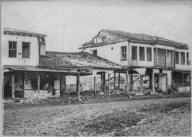 In the streets of Monastir (Bitola) (February 1917). Curious shell effect: a house standing on stilts