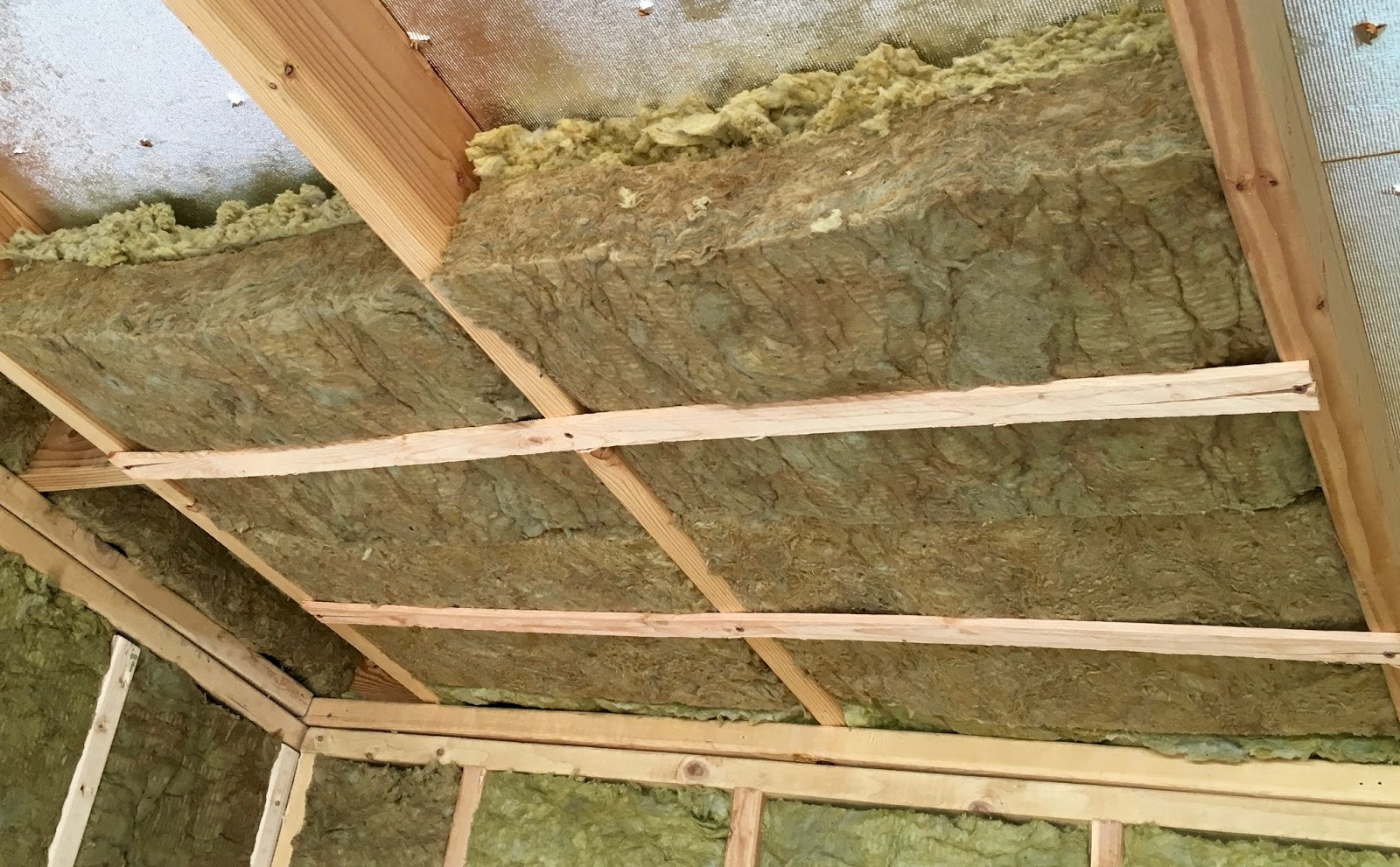 Syonyk S Project Blog Solar Shed Part 5 Roof Insulation