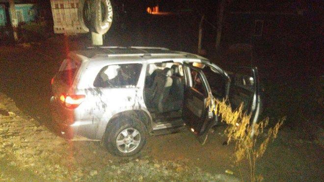 Comandos se enfrentan en Sinaloa, abandonan 7 vehículos