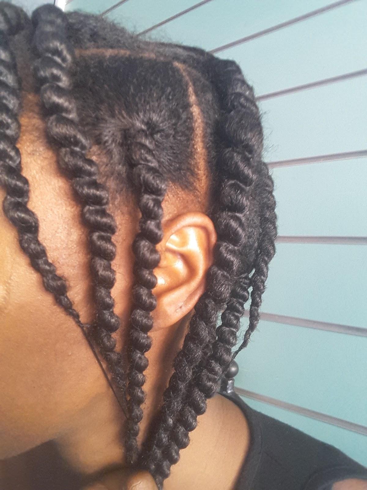 Tresses au fil sur 16 sections de cheveux. J\u0027ai divisé ma tête en quatre,  puis chacune des parties en quatre également.