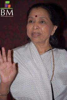 suicide of asha bhosle daughter , lata mangeshkar sister