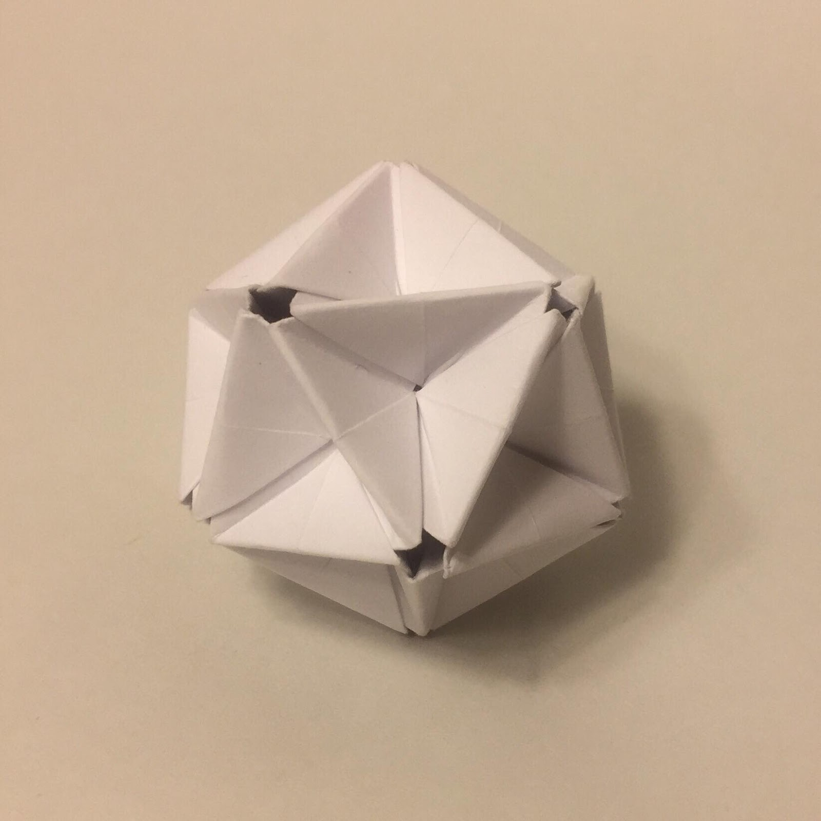 Modular Origami - balls and polyhedra folded by Michał Kosmulski | 1600x1600