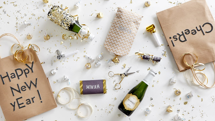 Wallpaper: New Years Eve Party