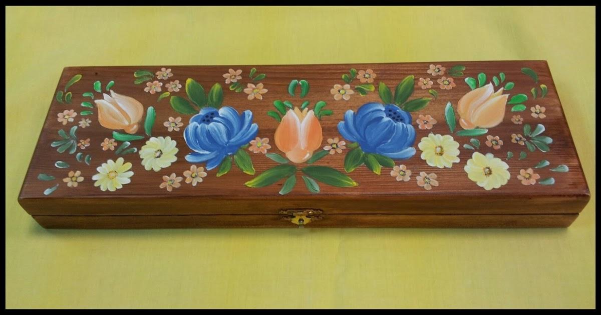 Tecnica Decorativa De Las Paredes Y Techos Del Triclinium