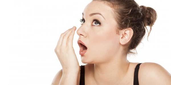 tips atasi bau mulut saat puasa, cara usir bau mulut