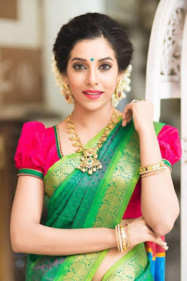 South Indian Wedding Sarees are a personal favorite and traditional choice of South Indian brides.