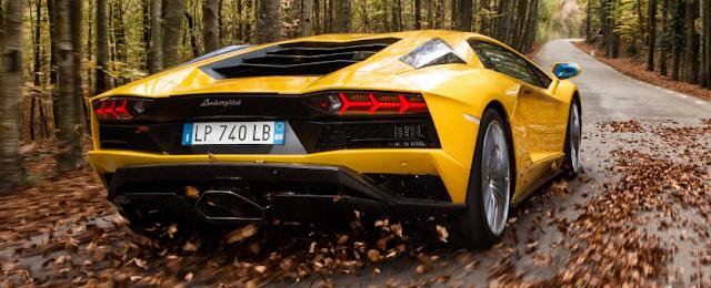 2018 Lamborghini Aventador Price
