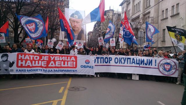 Αστοχίες της Δύσης στέλνουν Βαλκανικούς λαούς στην αγκαλιά της Ρωσίας