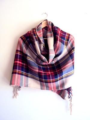 https://www.etsy.com/listing/241507158/tartan-blanket-scarf-shawl-plaid-scarf?ref=shop_home_active_7