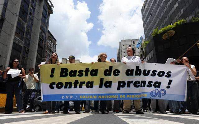 VENEZUELA: Violencia del Estado enfrentan a diario los periodistas nacionales y extranjeros.
