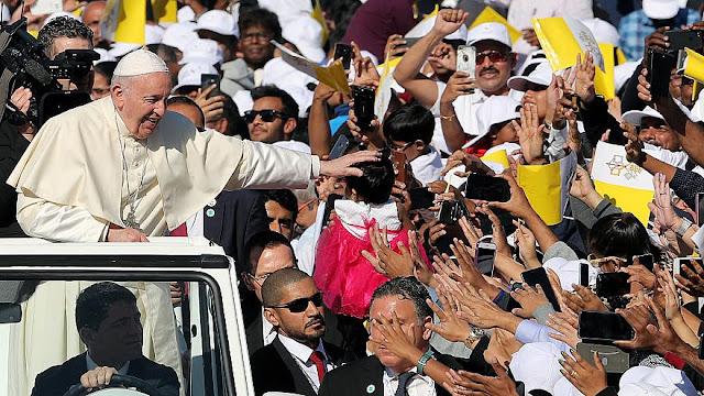 Ιστορική επίσκεψη του Πάπα Φραγκίσκου στα Ηνωμένα Αραβικά Εμιράτα (βίντεο)
