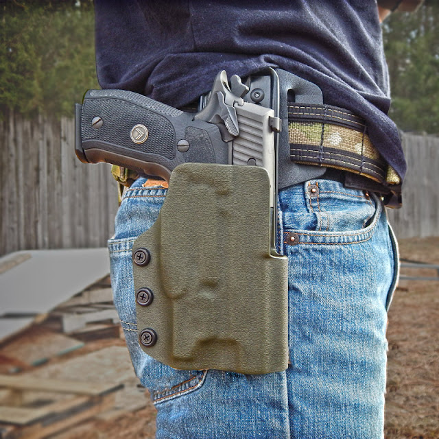 Dara Holsters: Drop Offset Holster