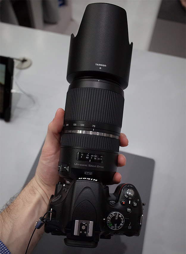 Tamron SP 70-300mm F/4-5.6 Di VC USD, вид сверху