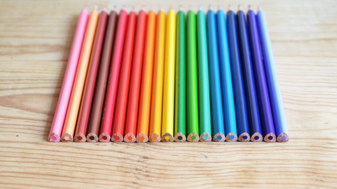 Wallpaper: Colored Pencils