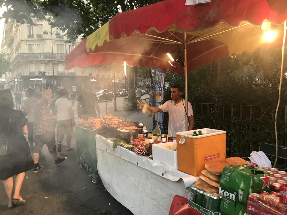 Yksi kuuma yö Pariisissa 8