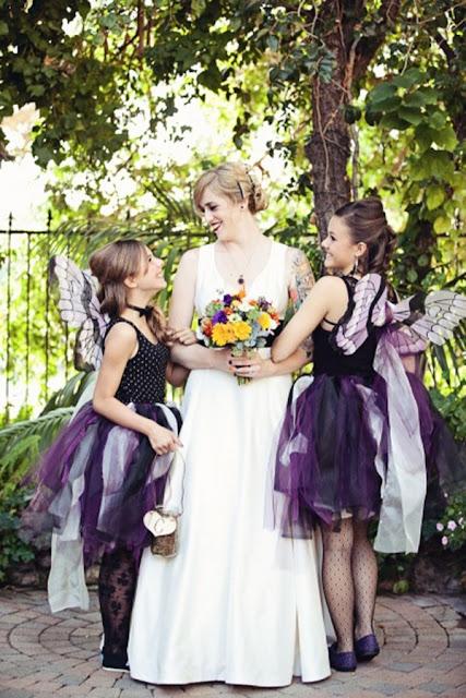 Casamento Halloween damas de honra fantasiadas com noiva