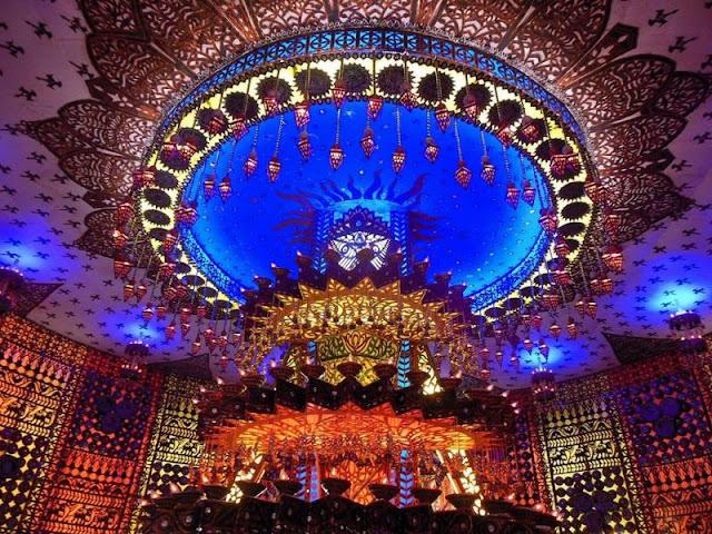 10 Famous Kolkata Durga Puja Pandals 2017