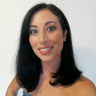 Author Jo Linsdell 2017