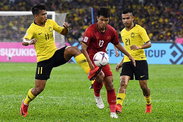 Lượt đi chung kết AFF Cup 2018: Hòa Malaysia 2-2, Việt Nam giành lợi thế trước trận lượt về