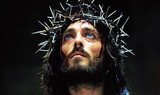 Ρόμπερτ Πάoυελ: Δες πως είναι σήμερα ο τηλεοπτικός «Ιησoύς»!