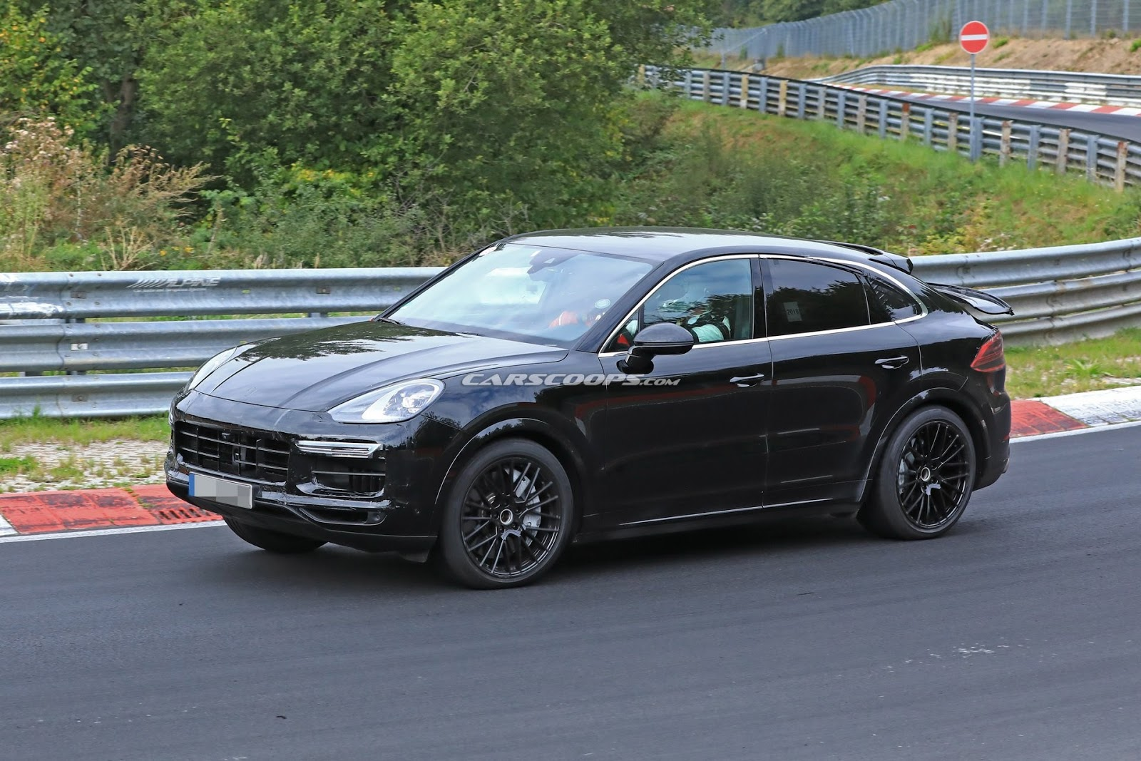 2020 Porsche Cayenne Coupe GT5 Gets Lambo Urus Engine >> 2020 Porsche Cayenne Coupe Spy Shot Ms Blog
