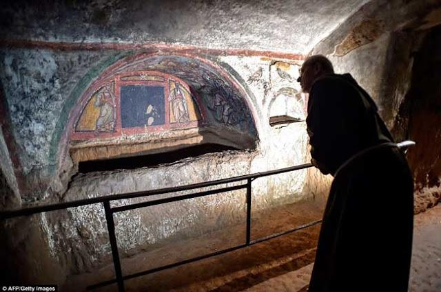 As pinturas retratam tanto pinturas pagãs quanto cristãs – Foto/AFP-Getty Images