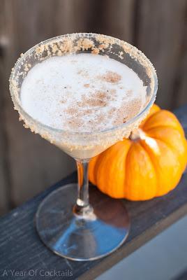 pumpkin nog, pumpkin pie vodka, eggnog, pumpkin pie spice, graham cracker, thanksgiving cocktail, fall cocktail, autumn cocktail, christmas cocktail