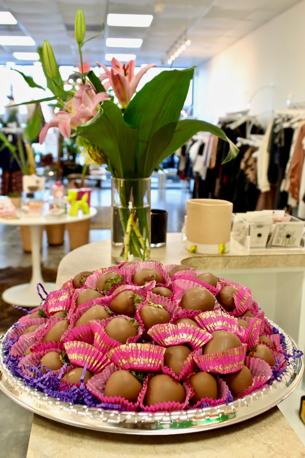 Beehive Houston Sip N Shop Event - Lea Carmen