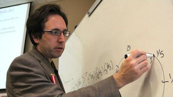 Destacado científico matemático dictará charlas en la USFQ