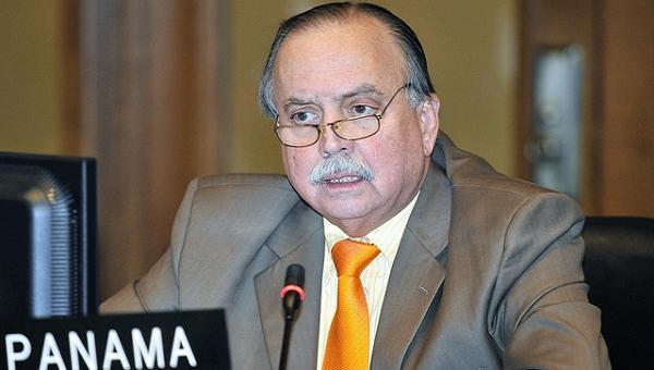 Exembajador de la OEA Guillermo Cochez denunció al vicepresidente venezolano por lavado de dinero en Panamá