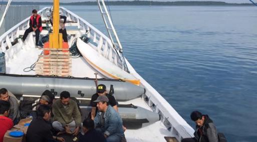 Hari Ini Bupati Selayar, Temui Warga Pulau Karumpa Dan P. Madu