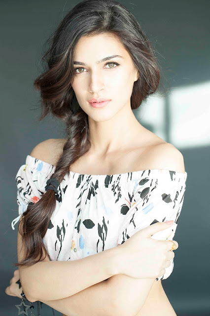 Kriti Sanon Beautiful eyes