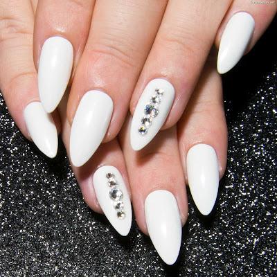Uñas de Novia Blancas