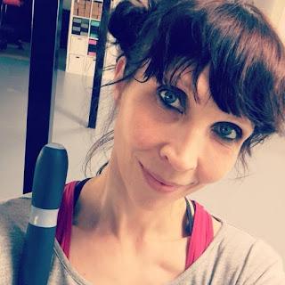 Zenana Hollola omistaja Elina Laine jooga Rocket Barre Astanga