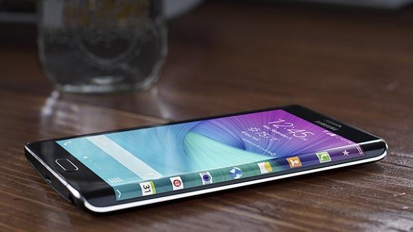 Điện thoại samsung galaxy note edge với thiết kế sang trọng
