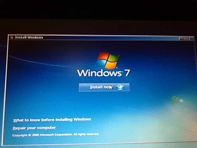Format your Hp Laptop with Windows 7 - Revelution24