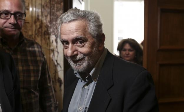 «Δεν γίνονται έτσι αυτά τα πράγματα, επειδή το θέλει μια κυβέρνηση» είπε ο βουλευτής του ΣΥΡΙΖΑ, αναιρώντας το βασικό σύνθημα της κυβέρνησης το 2015