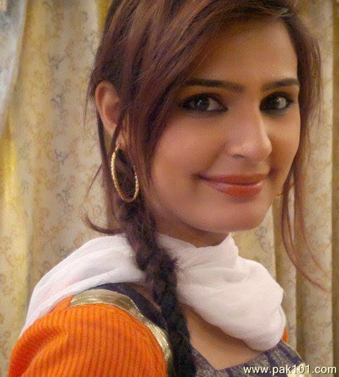 Sadia Ghaffar Full Hot Hd Wallpapers-New Pictures Gallery -5713