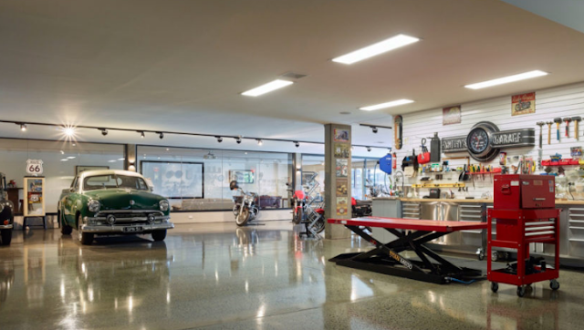 Garage with vintage cars